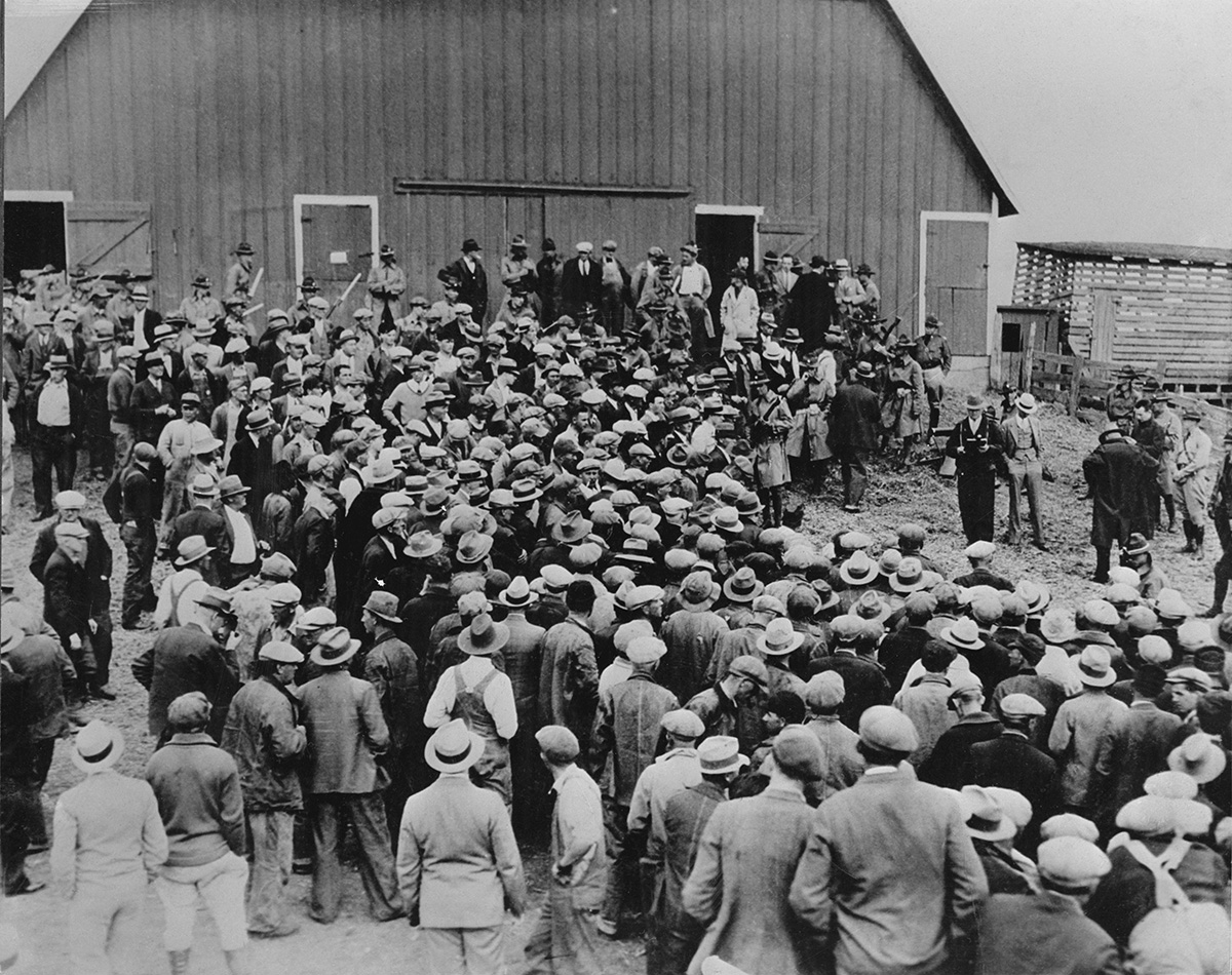 roosevelts new deal hope to save americans from the great depression In roosevelts final attempt to save america within  why did unemployment persist despite the new deal  during the depression of the 1930's many americans.